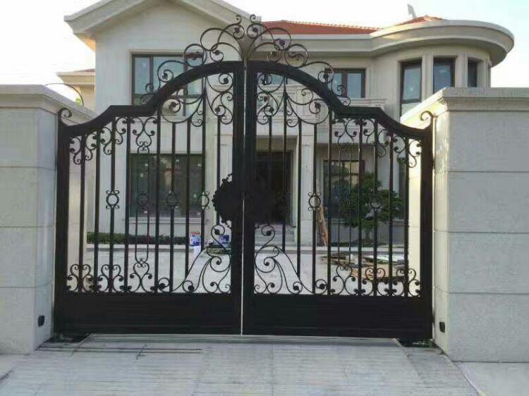 铁艺屏风,隔断,铝艺屏风,隔断,铁艺大门,围墙,栏杆,楼梯