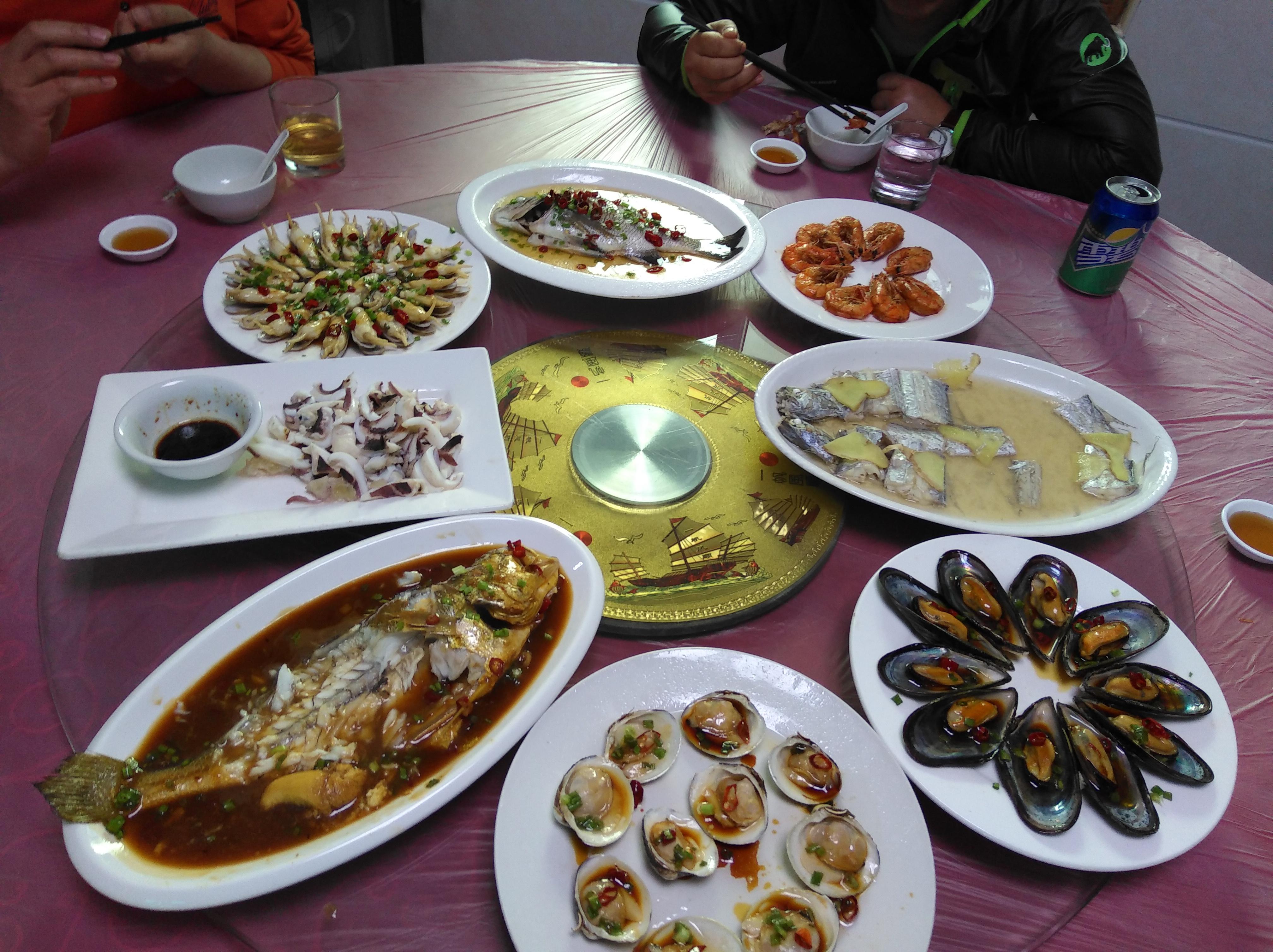 嵊泗列岛海鲜大餐杠杠滴,便宜味道还好,回味无穷,我下次还要来
